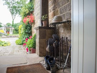 A GORGEOUS COTTAGE IN THE YORKSHIRE DALES YET SO CLOSE TO HARROGATE