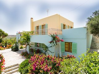 Traditional Cretan Villa, Located Close To The Beach And Main Sights