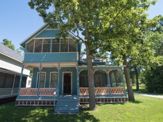 Victorian Cottage in Historic Thousand Island Park