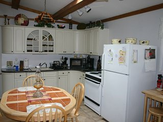 Comfortable 3br Pocono Rancher, Lake View in Peaceful Locust Lake Village