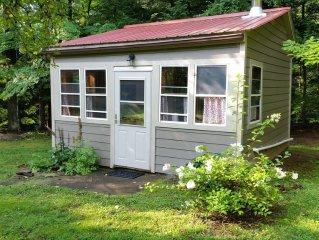 Lovely Cabin Nestled On The Plattekill Stream