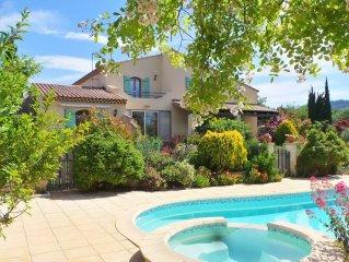 Provence/Luberon - Villa indépendante avec piscine et jacuzzi (8 pers.)