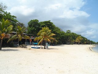 Roatan Affordable Beach Apts., Diving,Fishing and Persona guidence Servvice.