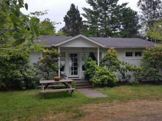 Lovely 1920's Farmhouse - Family And Pet Friendly