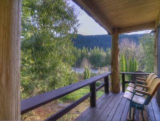 Cozy Secluded Hideaway w River & Mountain Views! Hot Tub, Deck, Pets OK!