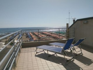 A typical beach house in the centre of Viareggio with lovely view from balconies