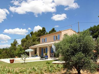 Vacation home in La Verdiere, Cote d'Azur hinterland - 10 persons, 4 bedrooms
