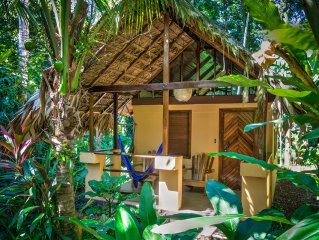 Paradise - Pool, beach, private jungle bungalow * Caribe Town Hotel