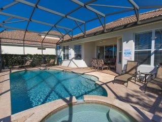 Stunning 5 Bedroom Pool Home 5 mins to Disney