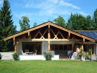 Am Tegernsee gemutliches Landhaus mit Gartenareal, eigener Parkplatz, WLAN