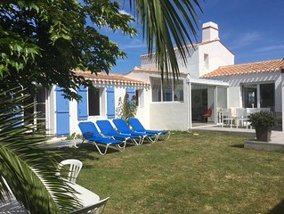 CHARMING RESIDENCE VERY COMFORTABLE A 800M FROM THE BEACH AND DOWNTOWN