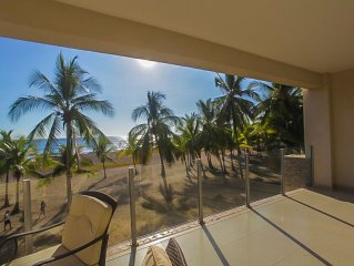 Ultra modern, roomy 2 bed, x- large oceanfront balcony & direct beach access!
