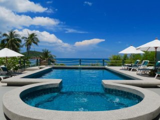 Dee Dee Villa Retreat - family friendly - beach front in quiet bay