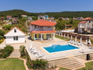 Family Villa With Large Private Pool And Outstanding Sea Views