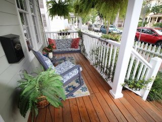 Savannah's Garden Cottage/Weeknight Special/for 6 & parking /Gym Passes/SVR00917