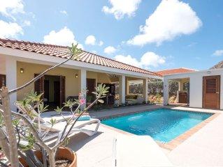 Luxe 6 persoons villa met privé zwembad