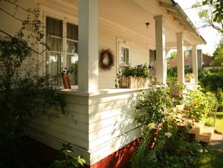 Beautiful Historic Craftsman Style 3 BR Home Near Culture & Downtown Livingston