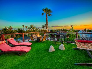 20% OFF JULY - Steps to Beach w/ Views, Firepit, Hot Tub + Game Room