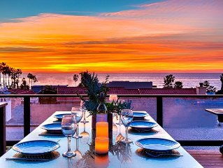 15% OFF DEC - Roof Top Deck, Ocean Views, Hot Tub, Outdoor TV, Steps to Beach