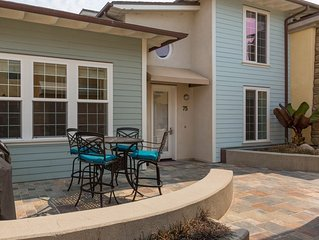 SURF IN, SURF OUT ~ LARGE condo, Steps to Beach + Parking, Family Fav