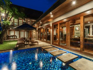 Heavenly tropical villa, 5 min from the beach and all shops