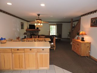 Cozy villa in the Starved Rock Area, a place with beautiful views to enjoy!