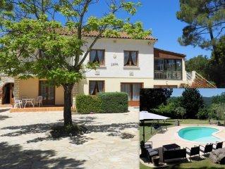 Villa Familiale Spacieuse, avec Piscine Chauffee, dans un ecrin de Verdure.