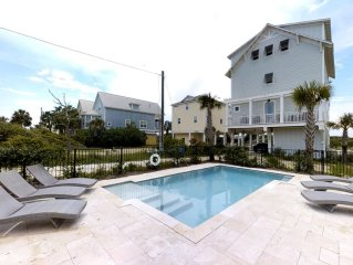 25% off  Spring!!! LUXURIOUS LARGE GULF FRONT HOME, PRIVATE POOL, ELEVATOR