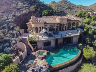 Villa Feroce- Stunning Paradise Valley home w/ pool, spa & gorgeous views!