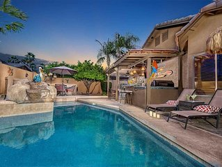 Rancho Del Verde- OUTDOOR OASIS FOR ENTERTAINING! Bar, BBQ, and fire pit!