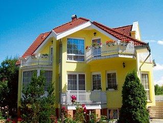 FerienWohnung mit 5 Balkons und Gartenpavillon