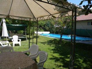 FerienWohnung mit Pool und Gartenpavillon