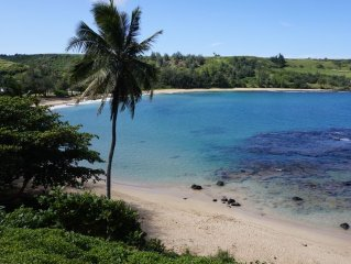 Awesome Location Beach Front with Gorgeous views., private,, Relax and unwind