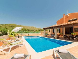 Cozy, rustic country house with pool in Capdepera
