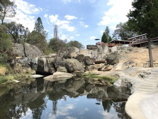 Yosemite Country Estate, Pond, Pool, Spa, Pirate Ship, Resort-Feel !!!