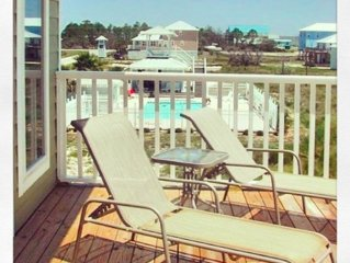 CHRISTMAS SPECIAL $1400WK! 5 BRM/4FB  POOL, BEACH & GULF SLEEPS  14!