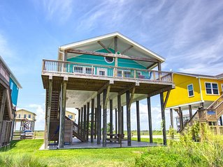SunDaze. Brand New, Beautiful, Beachfront home!  Away from the crowds