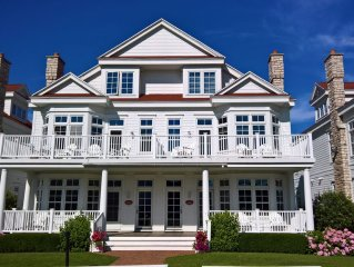 Bay Harbor-Luxury Condo on Lake Michigan, close to Pool, Beach, Golf & Petoskey!