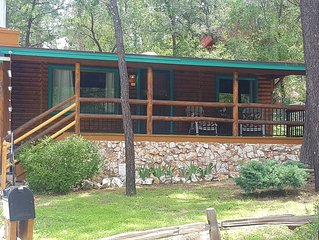 Rustic retreat in the cool pines just 1.3 miles from downtown Prescott