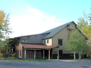 Your Mountain Home Away From Home- 3 Bedroom Condo Teton Creek Resort #312