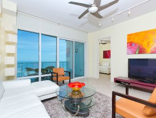 Spacious Beachfront condo w/ great ocean views
