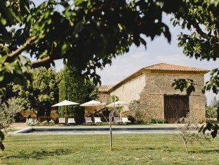 Tres beau mas provencal du 17e siecle avec grande pisicne