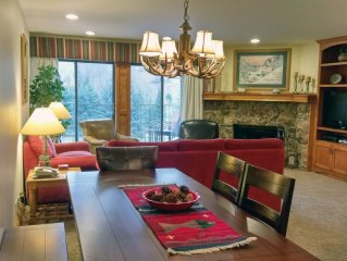 BC West #A-3: Deluxe 3BR Condo w/ FREE Skier Shuttle, Heated Pool, Hot tubs