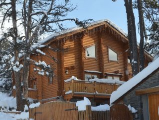 Finnish chalet on south balcony side, quiet area, 400 m away from downtown