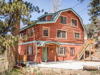 Bear Lodge~Tri-Level Quiet Fawnskin Retreat~Foosball/AirHockey~Lake-View Decks~