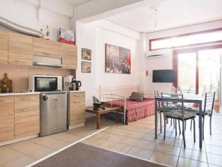 Studio apartment 312 m from the center of Athens with Air conditioning, Lift, Te