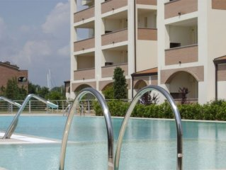 Apartment 274 m from the center of Lido degli Estensi with Internet, Pool, Air c