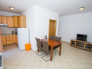 Apartment in the center of Murter with Air conditioning, Parking, Balcony (46769