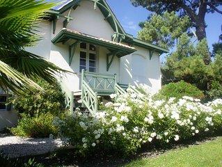 Authentique arcachonnaise  jardin terrasse et loggia.  Classée 3 Etoiles