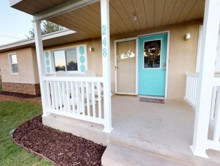Newly-Remodeled 4 BR Vacation Home! Near Canyonlands, Arches, Golfing, & More!